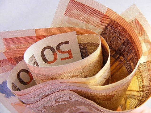 W jakim czasie następuje wypłata odszkodowania z OC sprawcy kolizji?