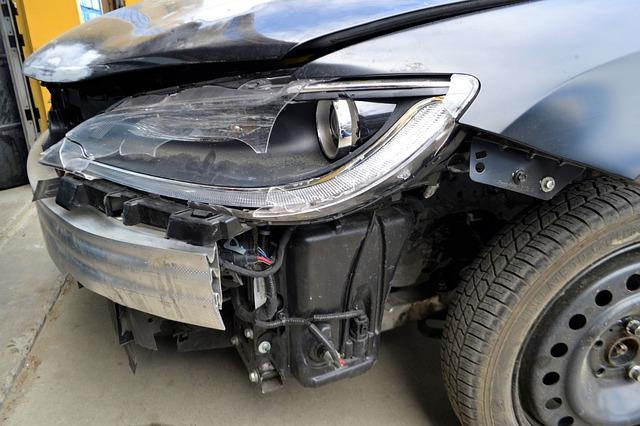 Jak wygląda dochodzenie odszkodowania po wypadku komunikacyjnym?