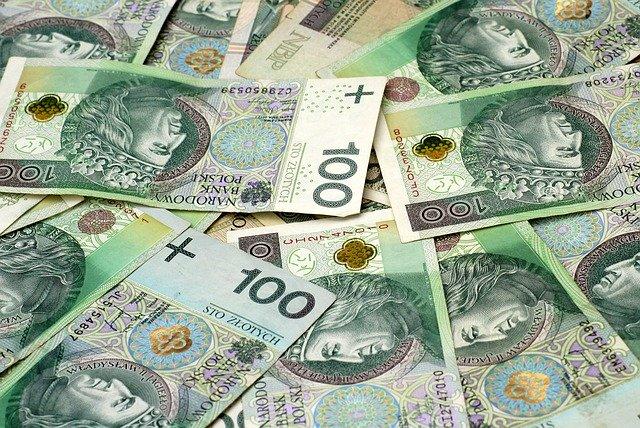 Zaniżone odszkodowanie z OC sprawcy. Jak uzyskać więcej pieniędzy?