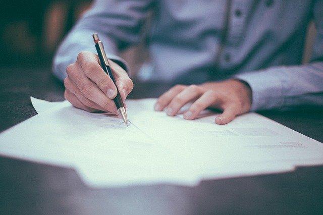 Jak napisać odwołanie od decyzji ubezpieczyciela? Poradnik